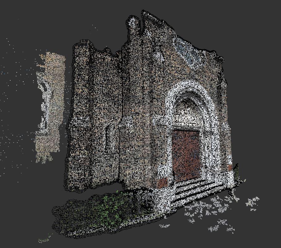 Nuage de points coloré d'une façade d'une église
